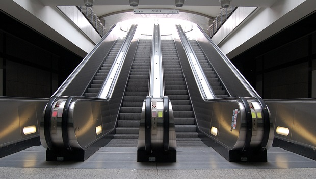 Große nutzung der Metro während Eid-Feiertage