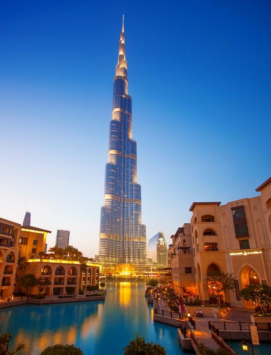 Deutsche Firma reinigt den Burj Khalifa